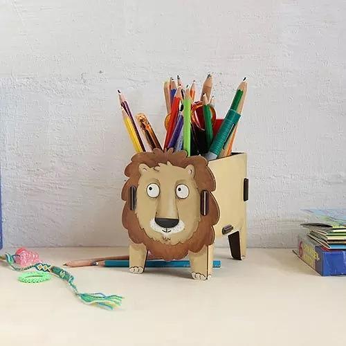WERKHAUS Pen Holder  Lion