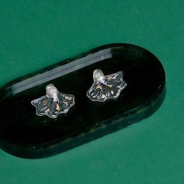 SEW INCORPORATION立體花瓣造型透明耳環